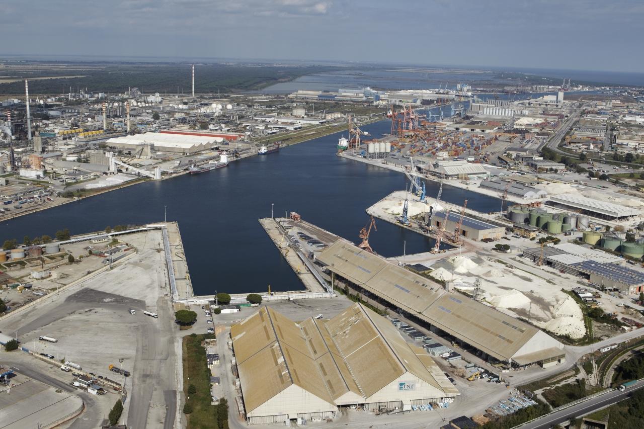 "terminal Coordinatrice europea ""Hub portuale'' progetto hub"