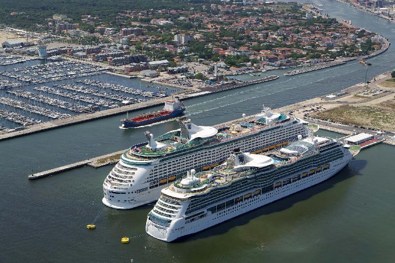 finanziamento Royal Caribbean stazione marittima