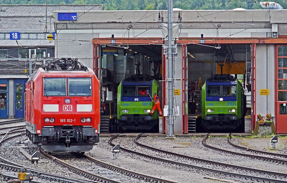 treno_rotaia_