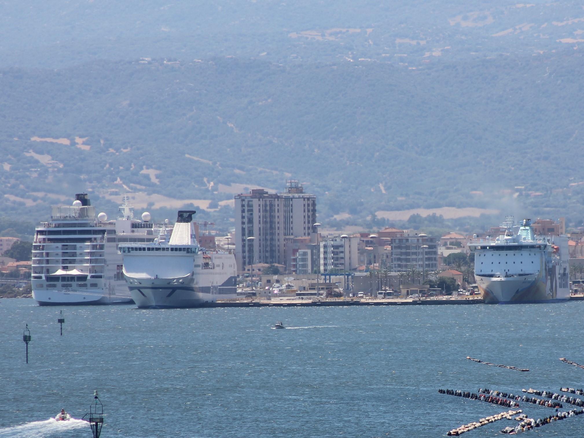 Olbia diritti portuali