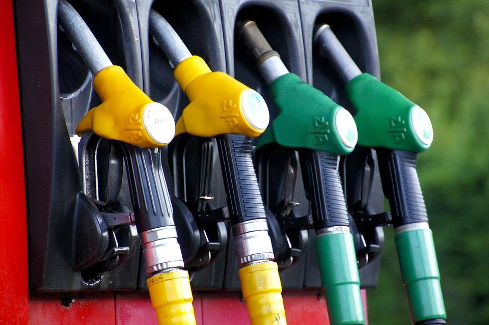accise Imposta regionale sulla benzina benzinai carburanti