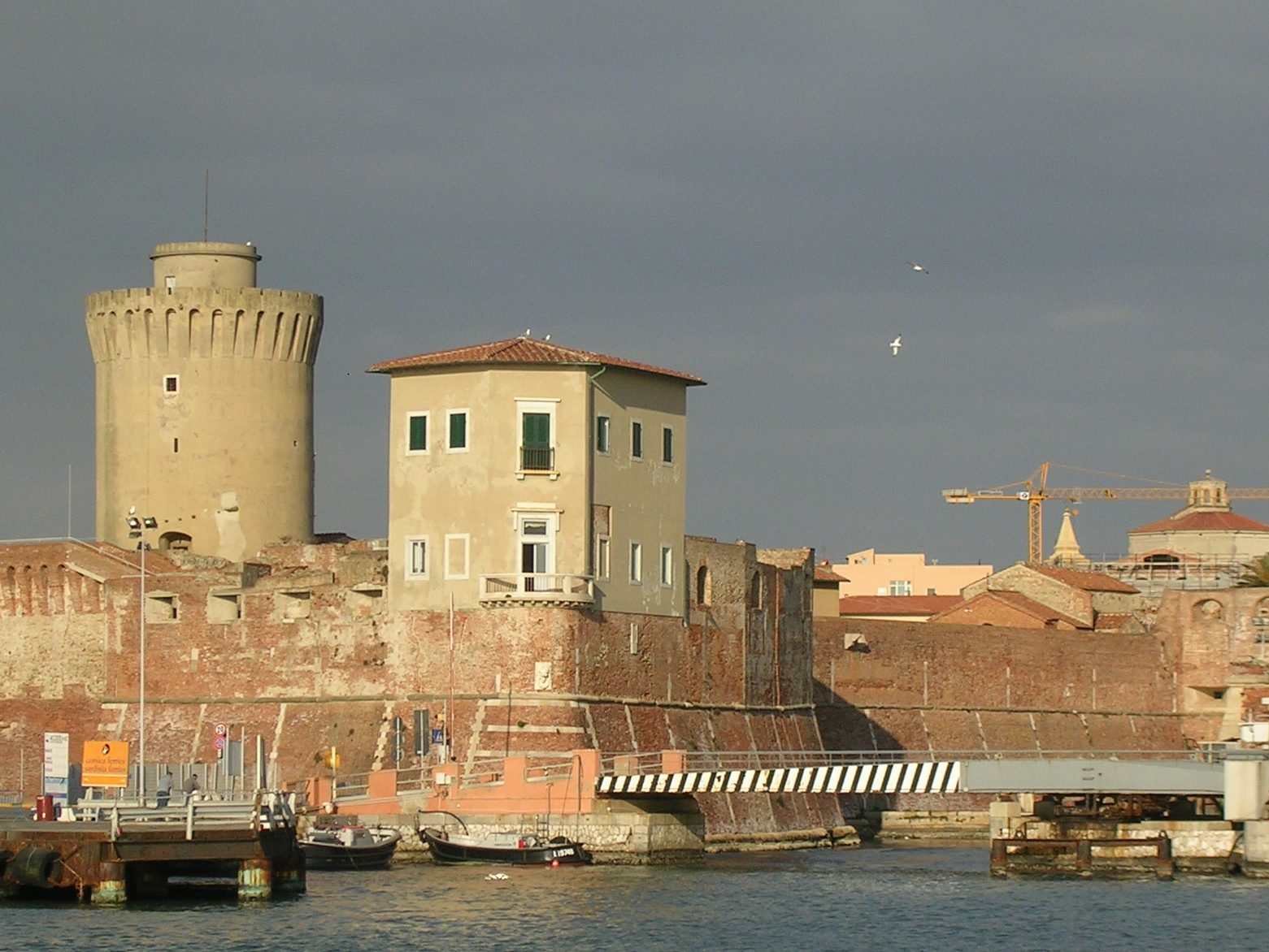 visite gratuite livorno Port center
