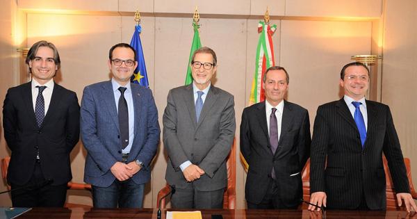 Trasporto: accordo Sicilia-Calabria per la mobilità nella foto da sinistra: Falcomatà, Musmanno, Musumeci, Battaglia e De Luca
