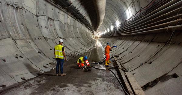 Metropolitana a Catania: quattrocento mln per completarla, Una fase dei lavori nel tunnel sotterraneo