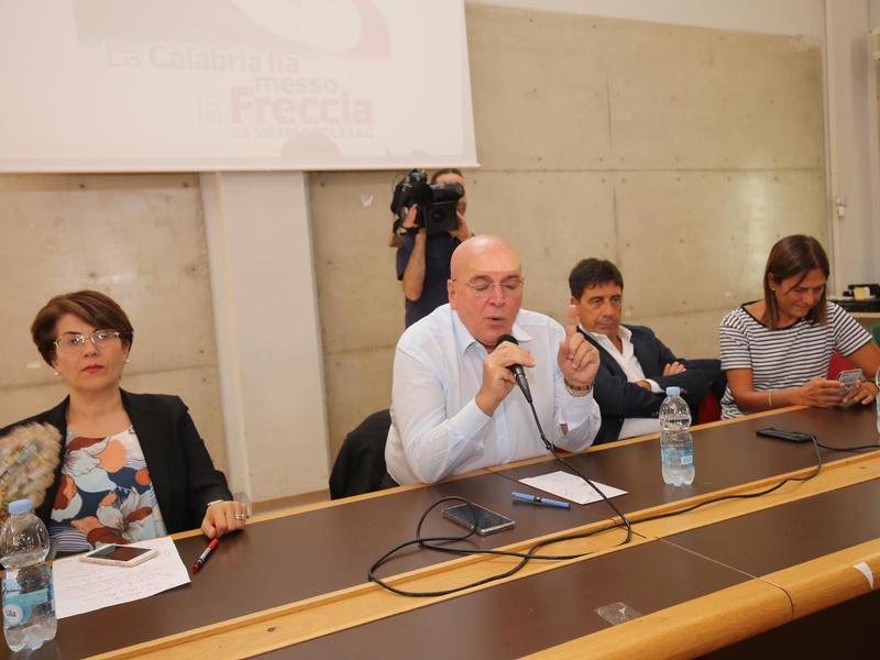 Frecciargento Sibari-Bolzano Sibari-Bolzano , il momento della conferenza stampa con il presidente Oliverio