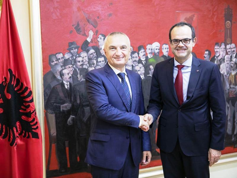 Musmanno ricevuto a Titana dal Presidente d'Albania