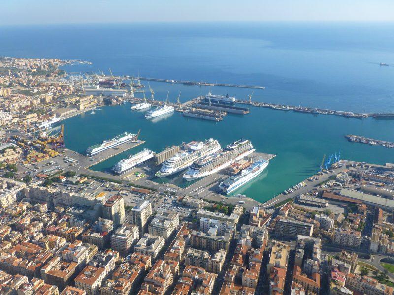 palermo il porto di Palermo molo sud