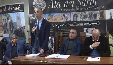 Strade e porti della Gallura, impegno della Regione, nella foto un momento dell'incontro con l'assessore Frongia.