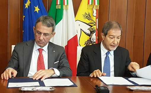 Bonifica della Rada di Augusta: Musumeci sollecita il Governo, nella foto il rappresentante del Governo e il presidente Musumeci.