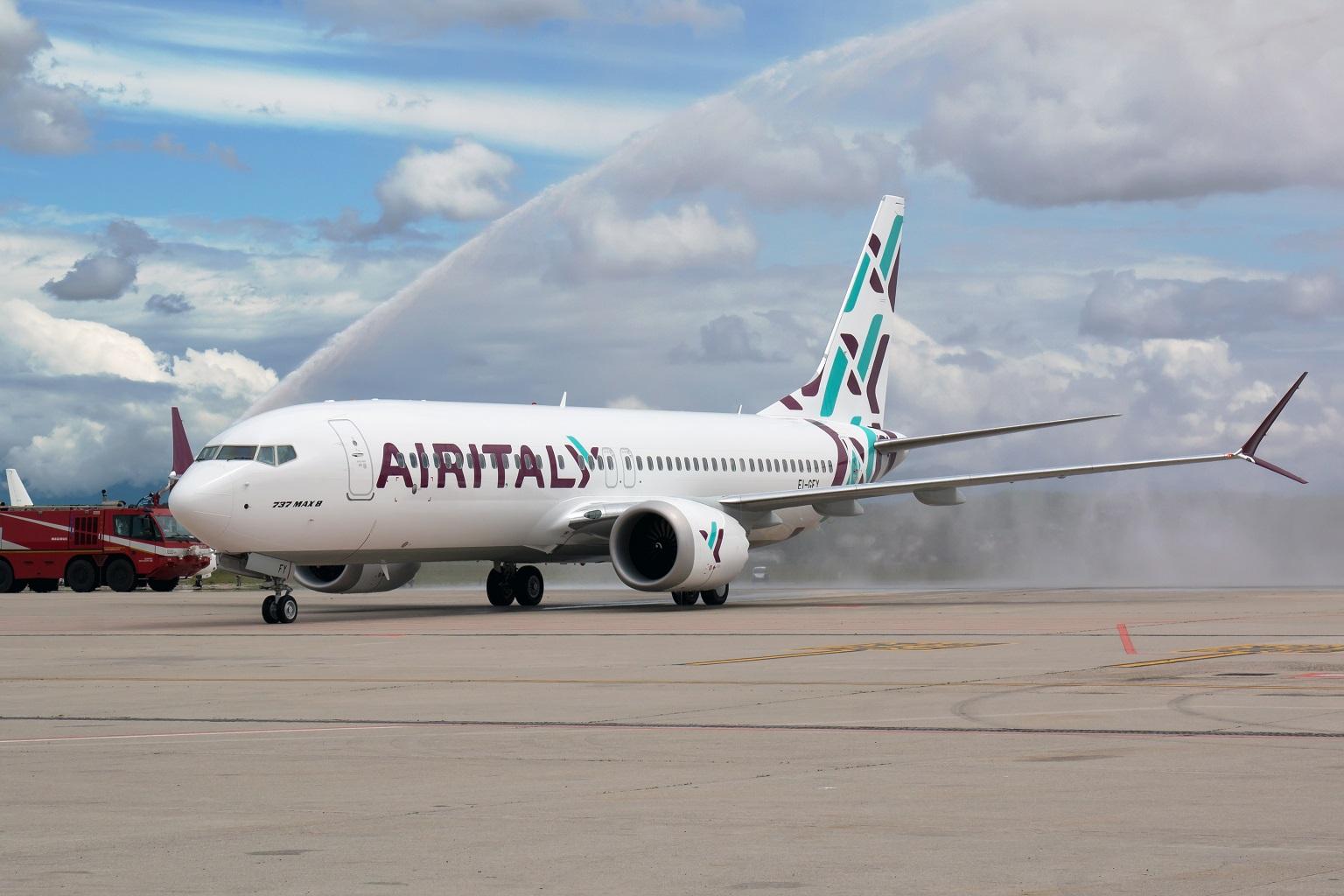 Air Italy, presidente Fontana: no a liquidazione, nel,la foto un aereo di Air Italy