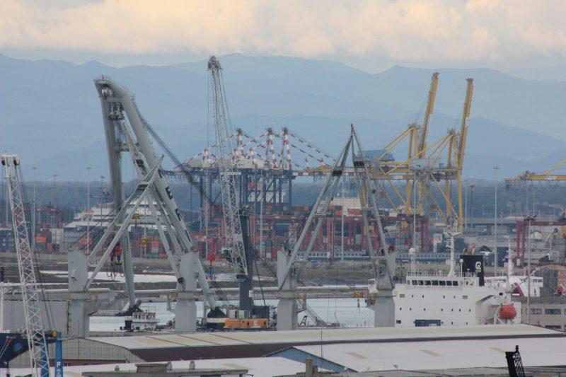 Intervento porto di livorno aree di crisi